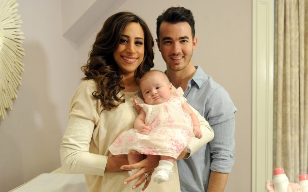 kevin-jonas-baby-family-ftr
