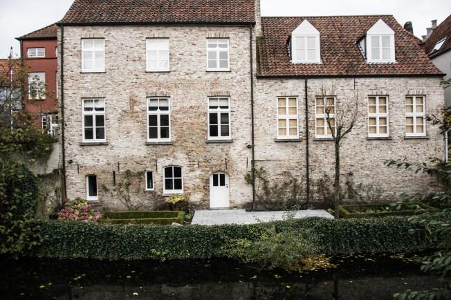 Bruges Old house