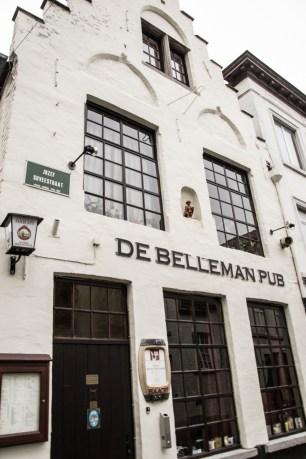 Bruges, Pub