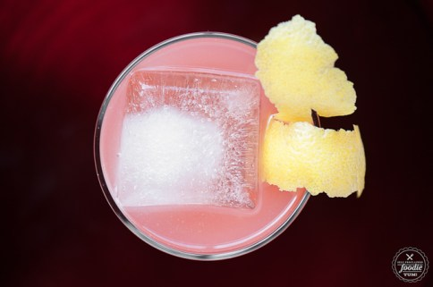 pomegranate-whiskey-sour-top