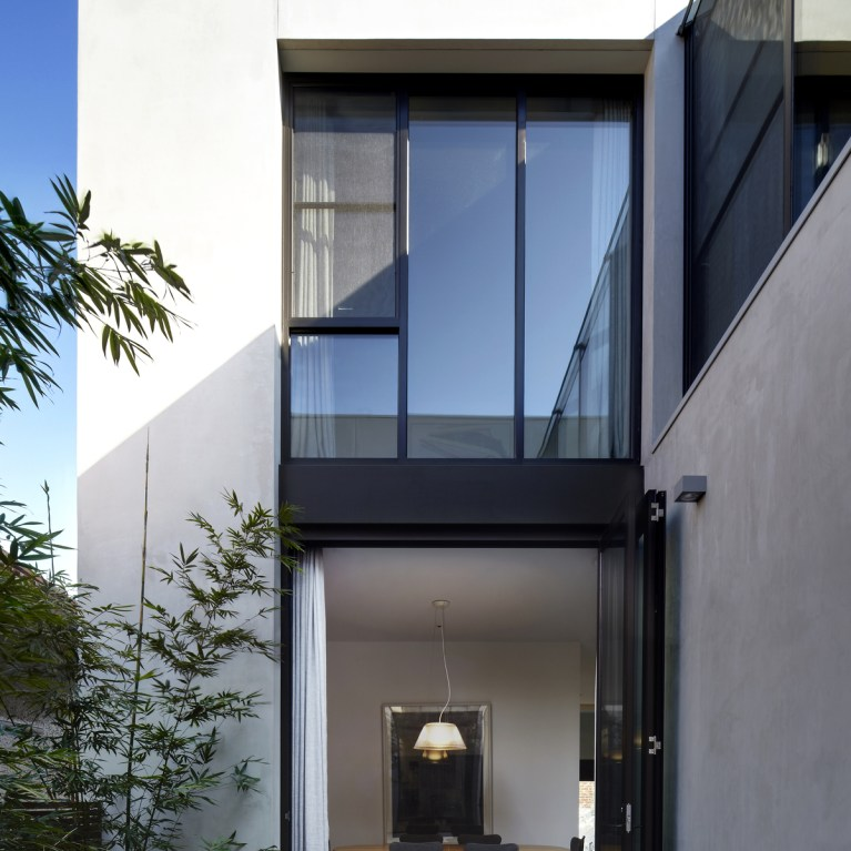 modern contemporary architecture of Residence M by CHT Architects, Melbourne, VIC