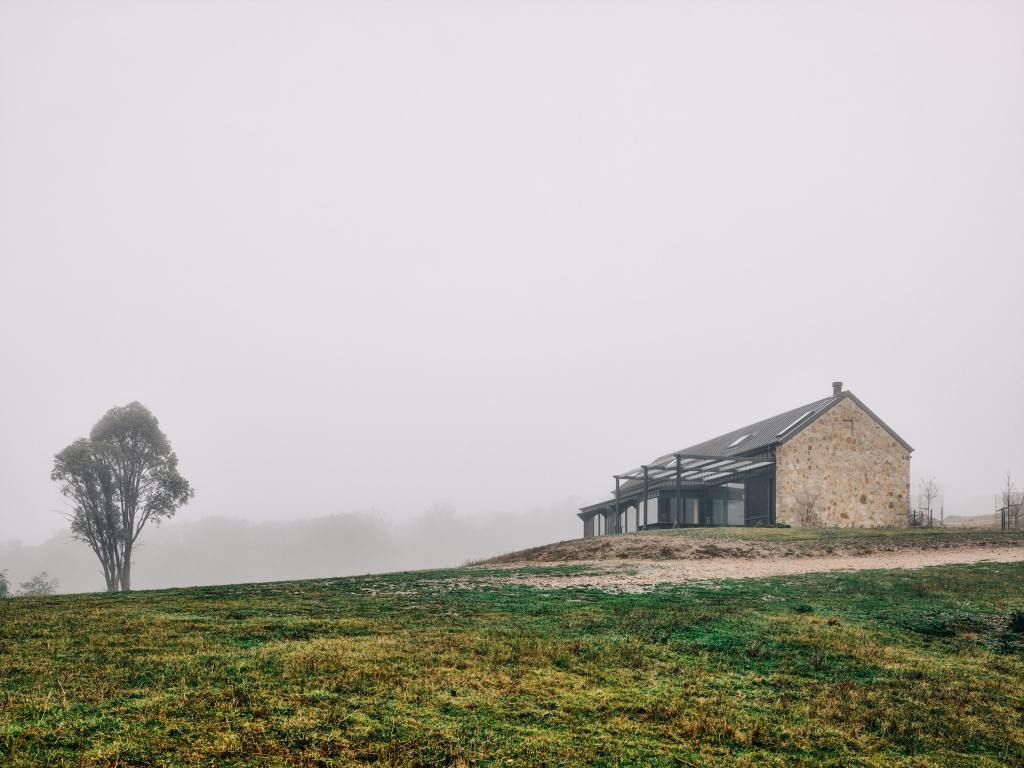 Beechworth Residential Project By Doherty Design Studio Photographed By Derek Swalwell Project Feature Local Australian Architecture And Interior Designdds Beechworth057 Min