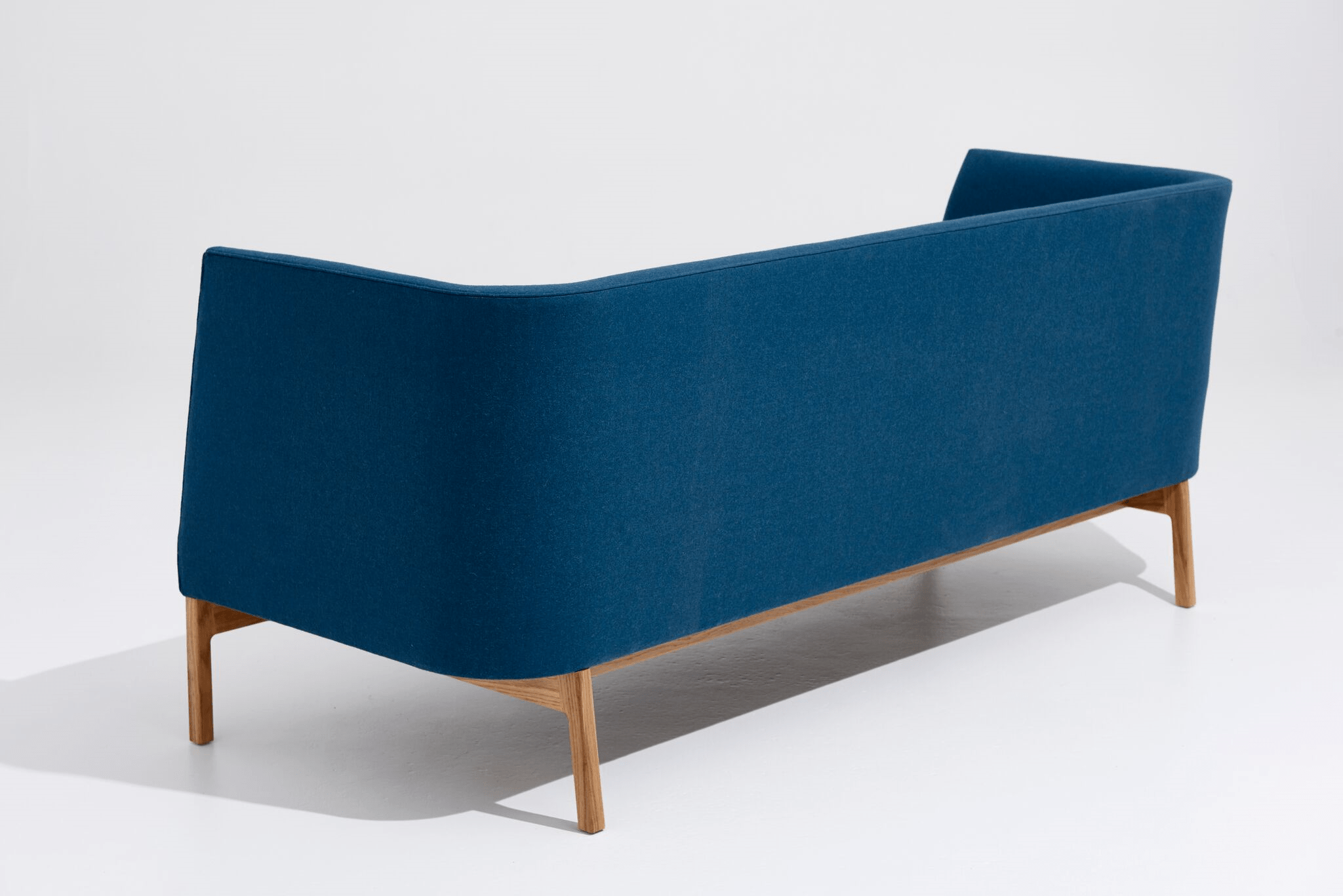 The Heir Sofa is a combination of style, sophistication, comfort and ergonomic design.