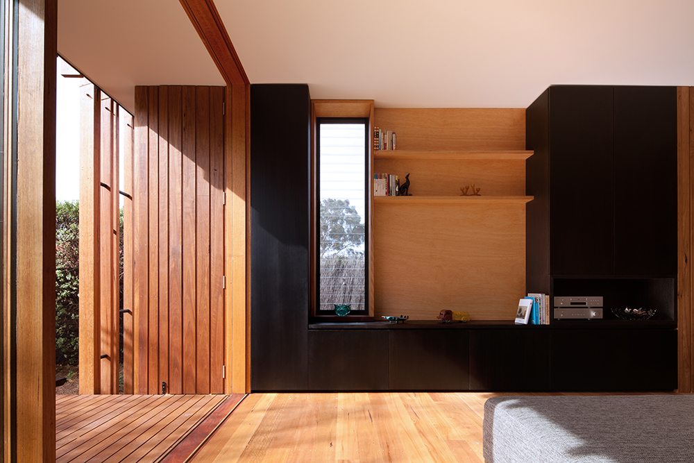 Gallery Of Bent Gable By Bent Architecture Local Australian Residential Design Melbourne, Vic Image 1
