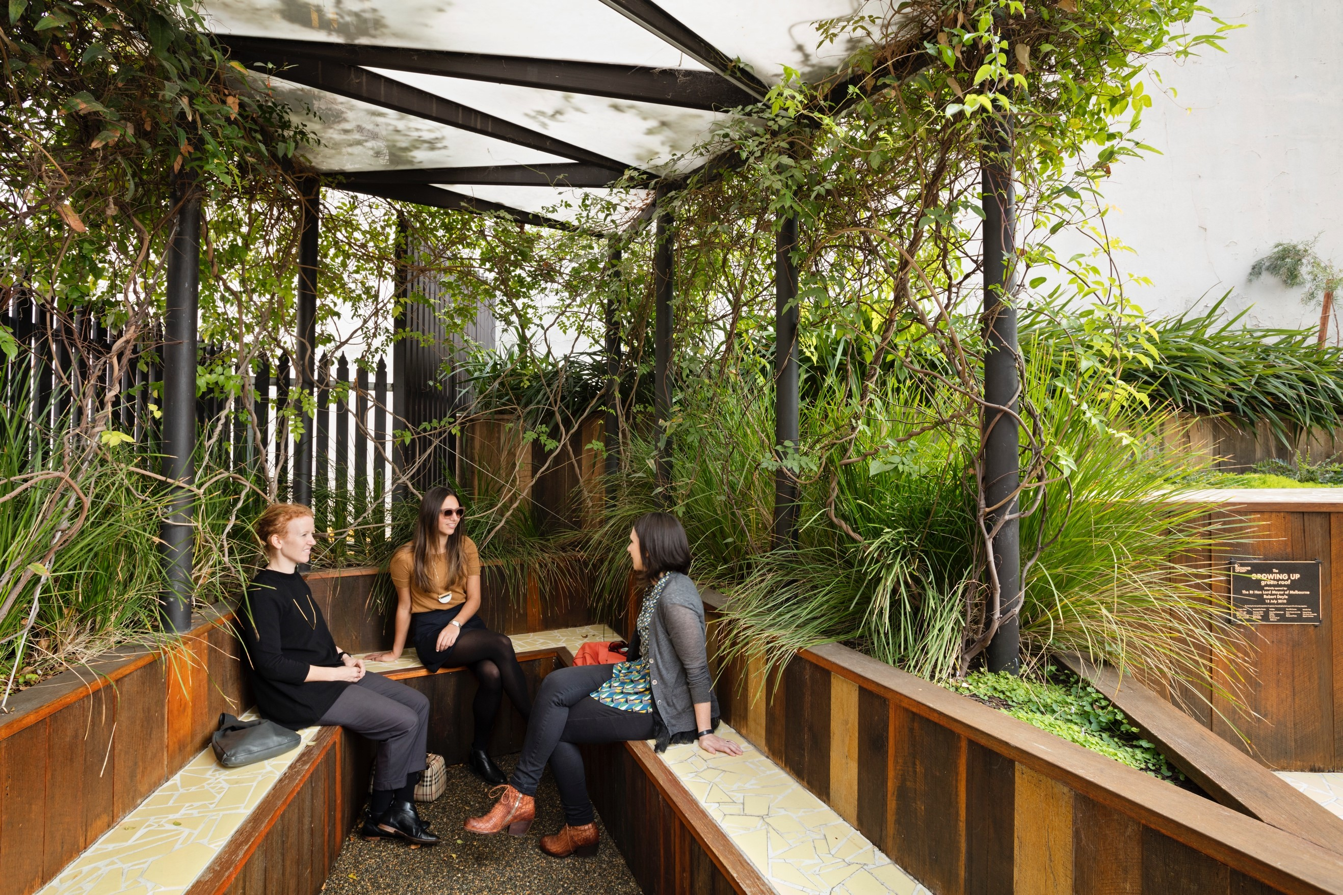 Gallery Of Growing Up Green Rooftop By Bent Architecture Local Australian Architecture & Design Melbourne, Vic Image 1