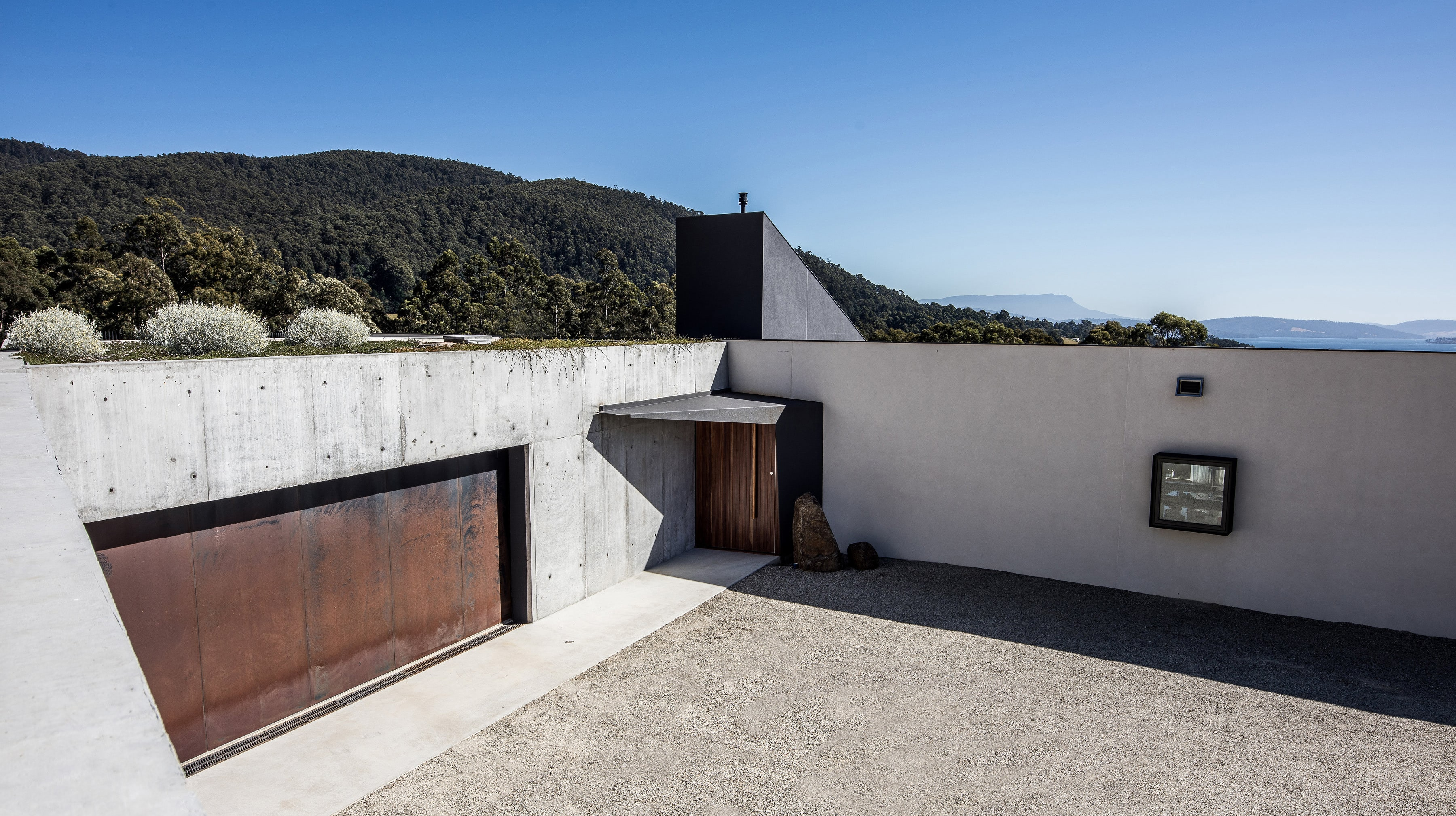 Nestled In The Luscious Southern Tasmanian Landscape Of Middleton,