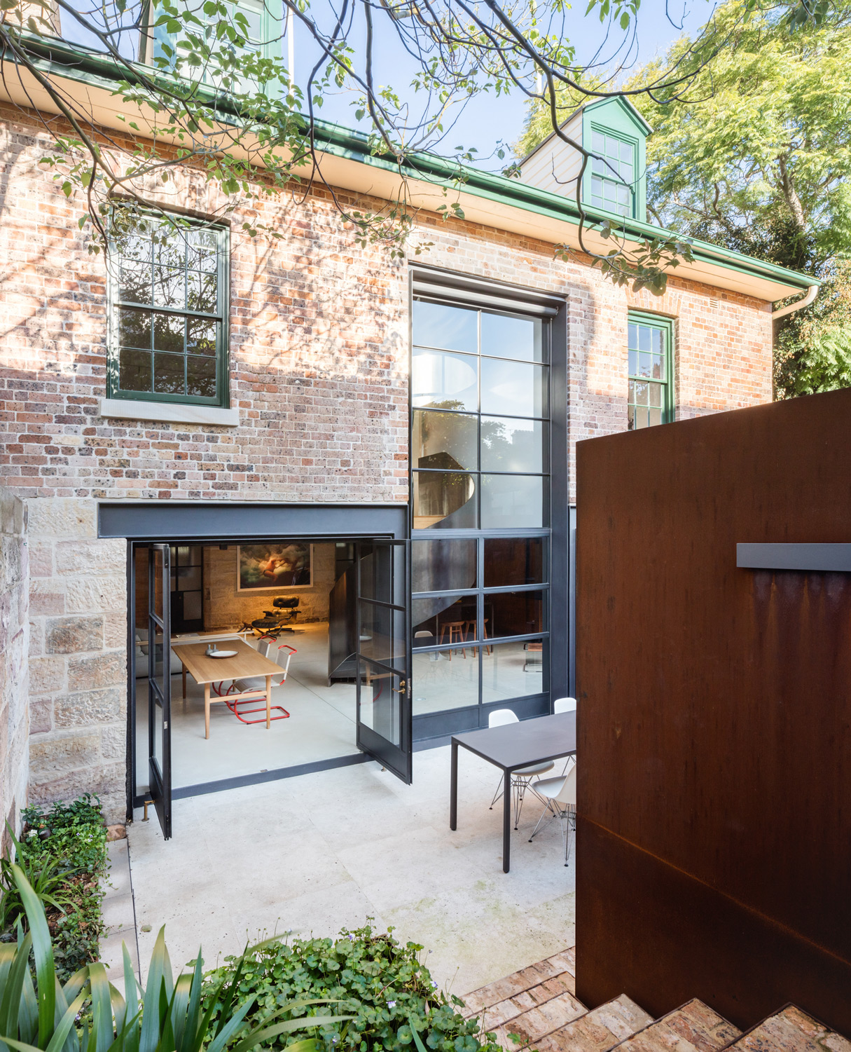 The Kitchen Is Then Extended Outdoors Via A Dcs By Fisher & Paykel Grill, Which Gives Outdoor Cooking All The Functionality Of