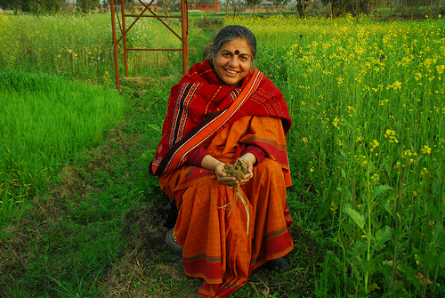 photo of Vandana Shiva from http://www.thelocalrose.com/