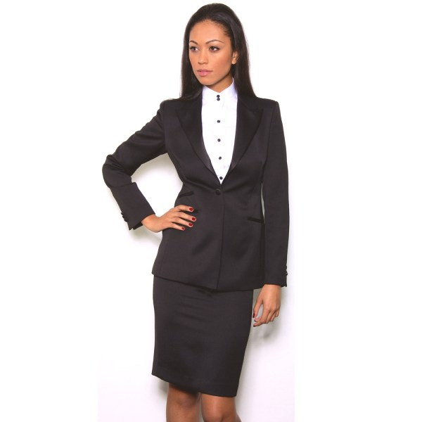 Get your skirt suit dry cleaned - crystal dryscleaners