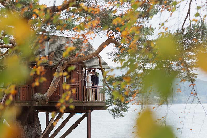 The happy couple on the Treehouse balcony