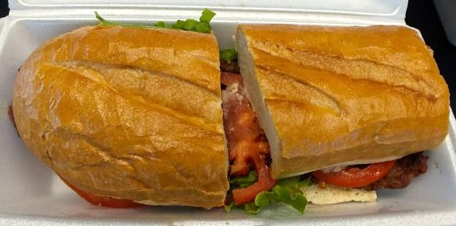 choripan sausage sandwich