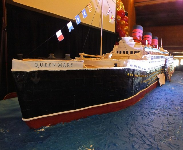 "The Queen Mary cake ready to ""sail"". hoto by Edward Simon for The Los Angeles Beat"