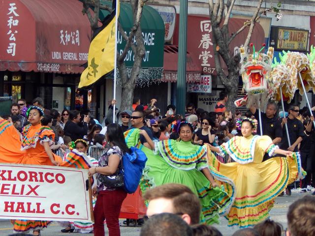 golden dragon parade 150221c