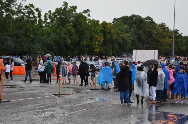 Dedicated Fans Wait In Rain