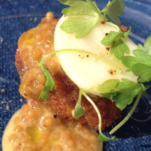 Cadet's headcheese fritter with mustard seed, honey and garlic