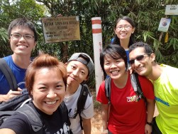4hours climb and we're up at summit of Gunung Belumut!
