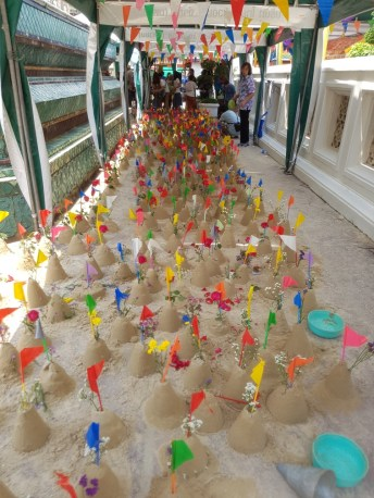 Sand pagodas