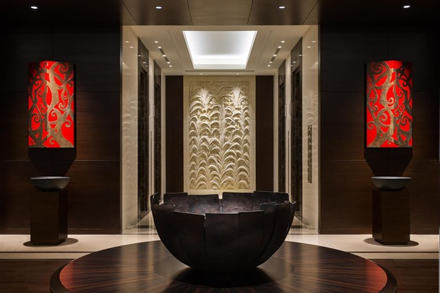 Lobby_View_483494_med