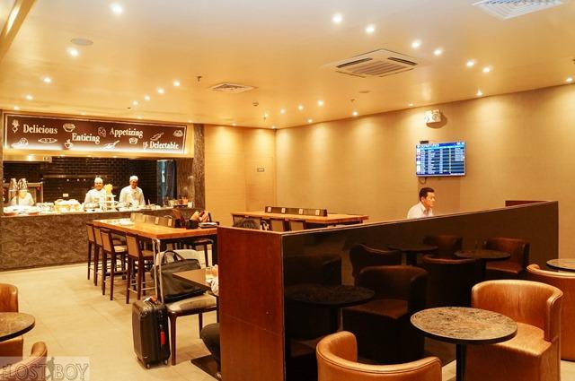 plaza premium lounge cebu-8