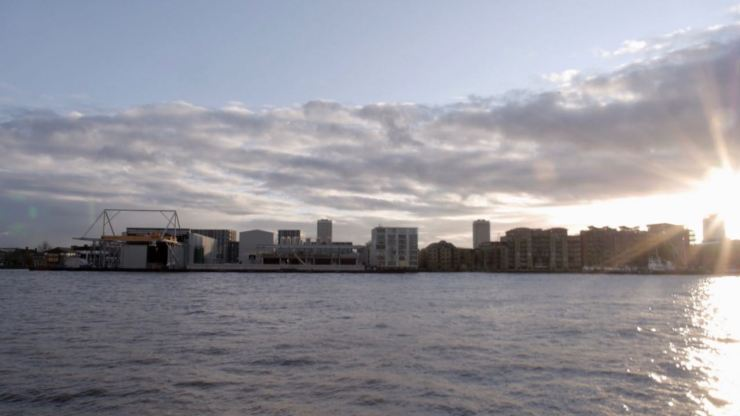 Thames Wapping