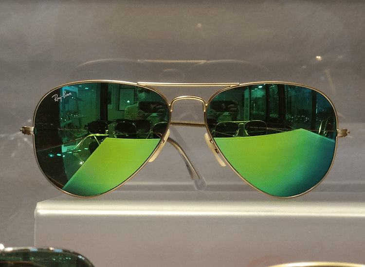 Ray-bans with green mirror lenses