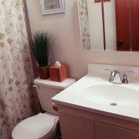 Guest Bathroom in the 2nd Rental #thelovelygeek