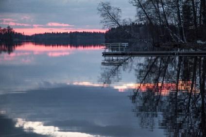lake-1365385_1920