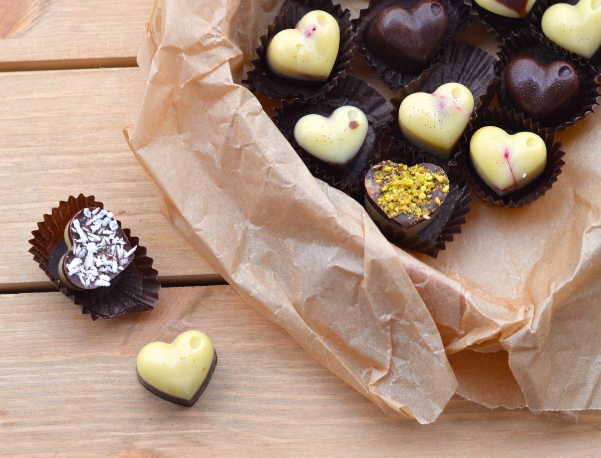 Raw Chocolate Raspberry Kisses