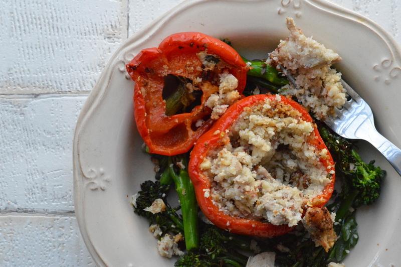Paleo stuffed pepper