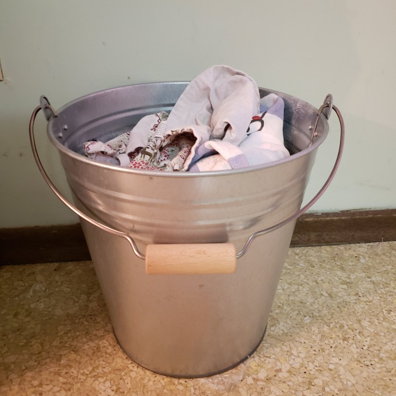 How to Stop Using Paper Towels | Luxuriously Thrifty