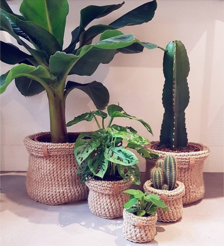 The cutest baskets and planters found on Etsy | Luxuriously Thrifty