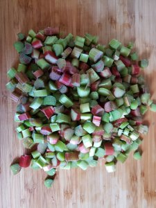 Freezing Rhubarb. How to preserve rhubarb | Luxuriously Thrifty