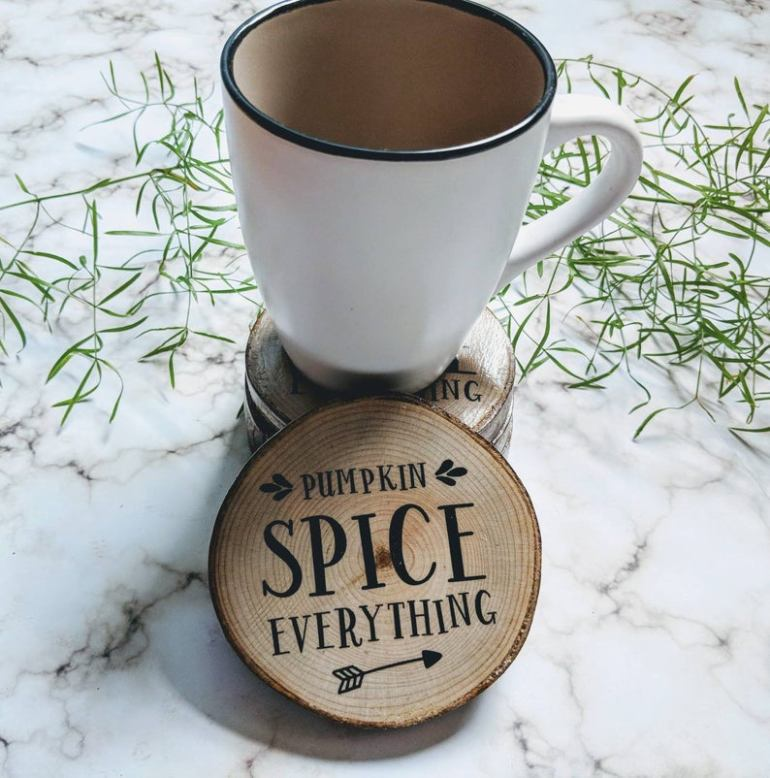 Super cute fall decor finds on Etsy | Luxuriously Thrifty