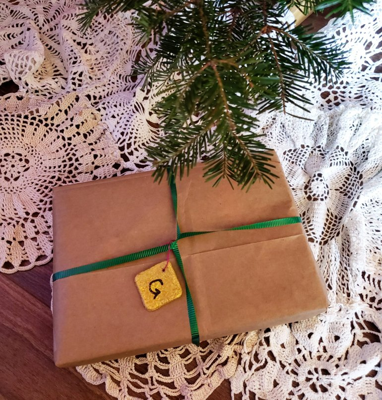 Eco-friendly ways to wrap your Christmas presents | The LT Edit
