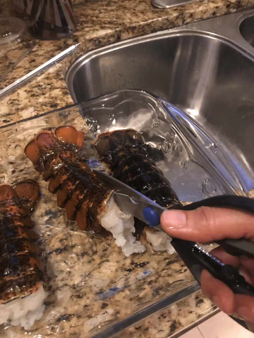 Cutting lobster shells www.theluckywife.life