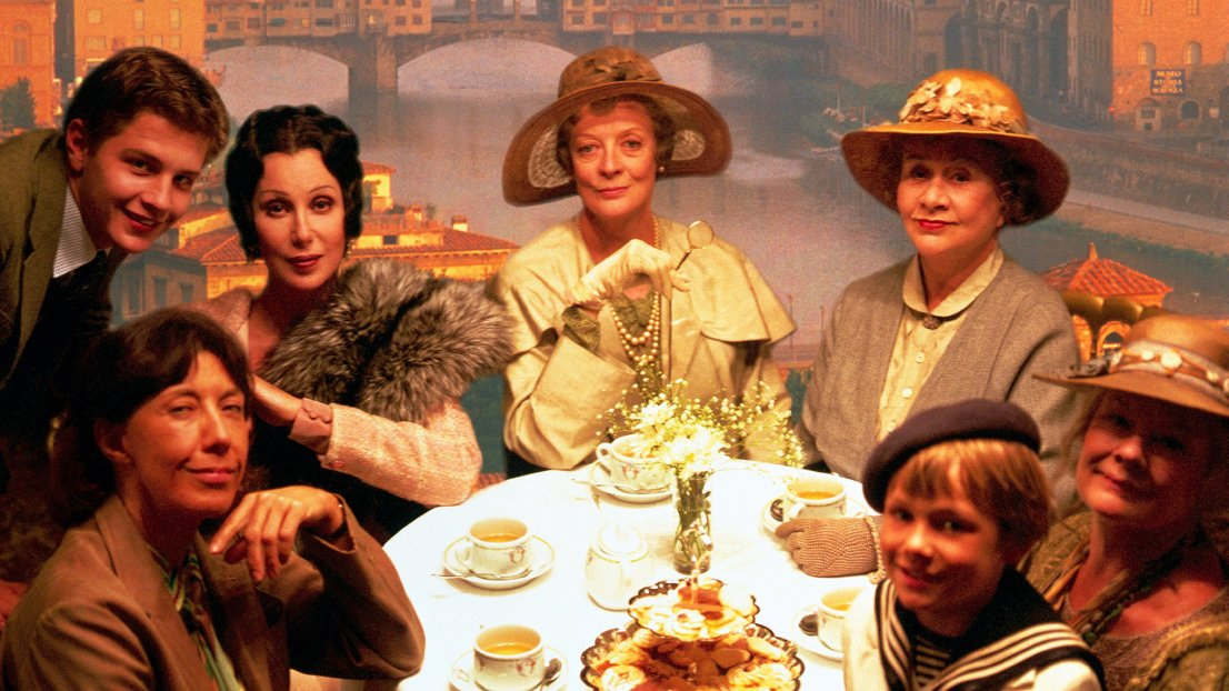Tea with Mussolini. From left Lily Tomlin, Baird Wallace, Cher, Maggie Smith, Joan Plowright, Judi Dench, Charlie Lucas by Franco Zeffirelli