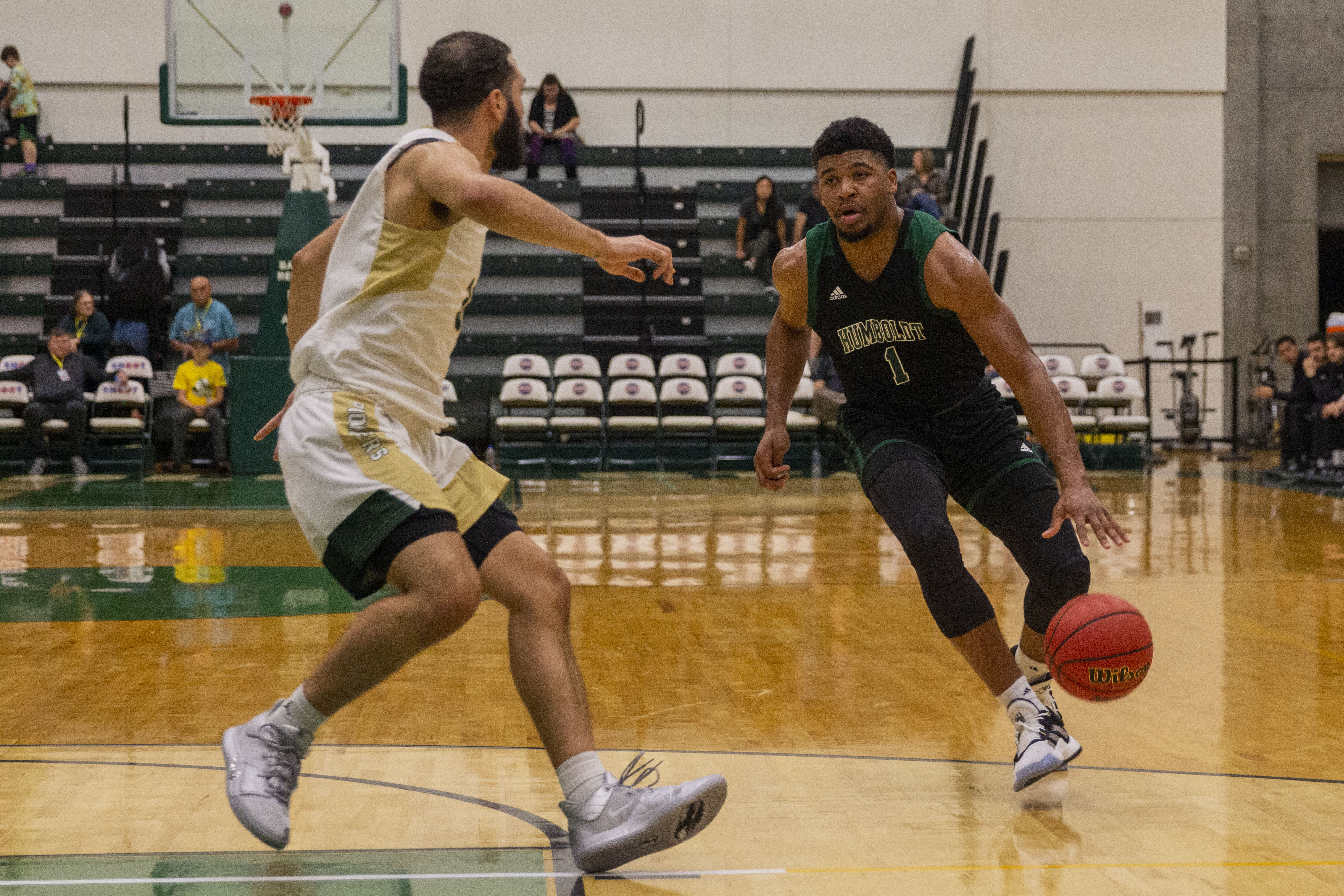 Jacks Beat Pioneers In Final Non Conference Tune Up The