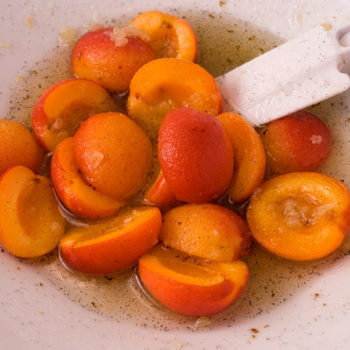 Fresh Apricot Ginger Peasant Cake: Goldbar Apricots