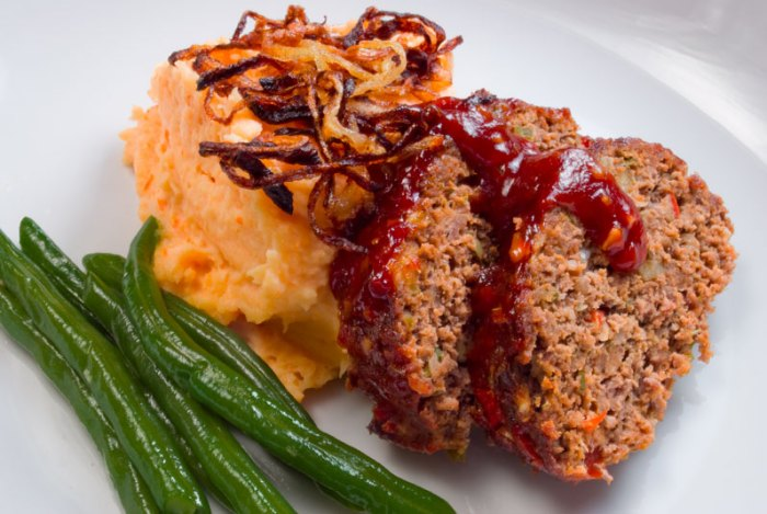 Smokey Chipotle Meatloaf | LunaCafe