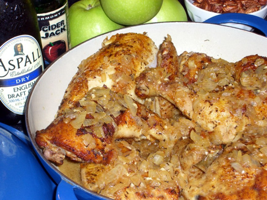 Saute of Chicken with Caramelized Apples and Toasted Hazelnuts | LunaCafe