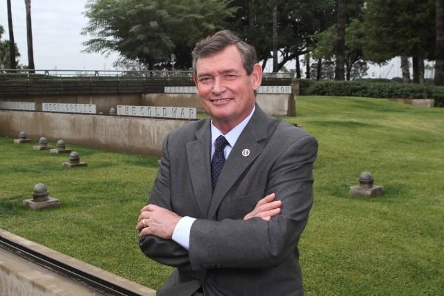 Picture of CSU Chancellor Tim White.