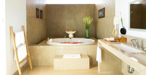 the-luxury-asia-elite_havens_group_1198753_sanur-residence-villa-2-master-bahtroom2-copy-2