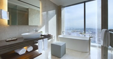 The luxury Asia - The Westin Singapore Bathroom