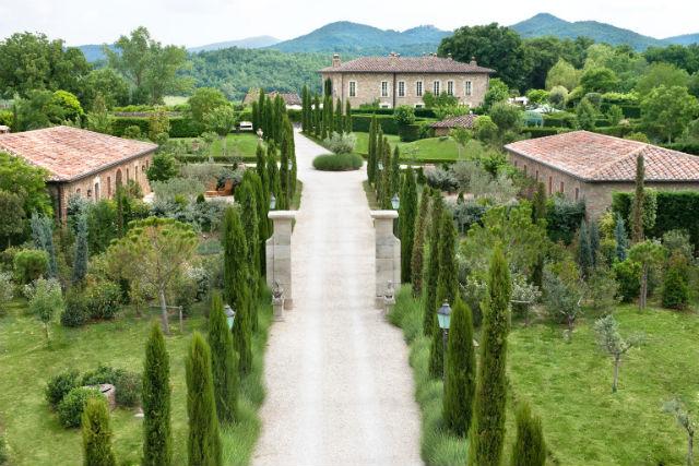 Drive to Borgo