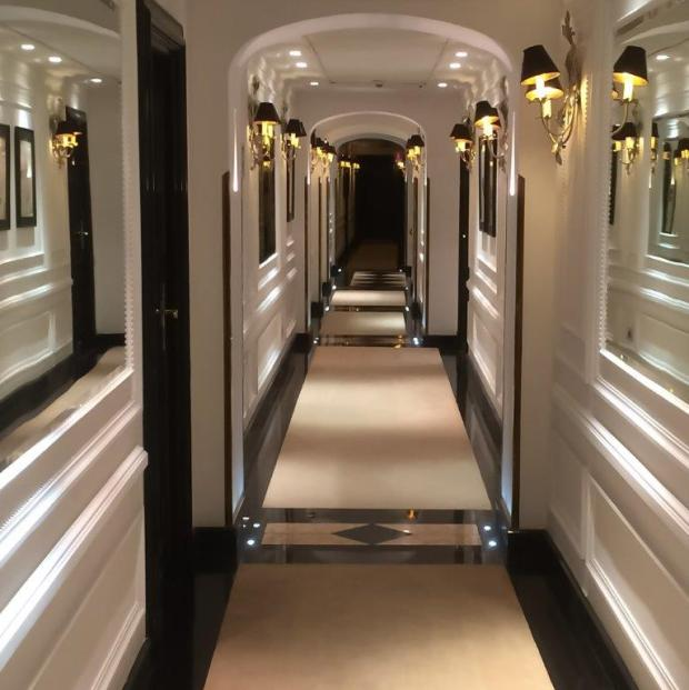 Hotel Inghilterra forth floor