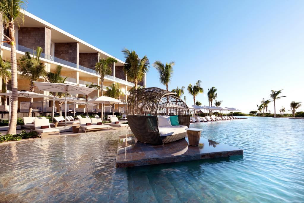 Best Luxury Hotels In Cancun 2021 The Luxury Editor