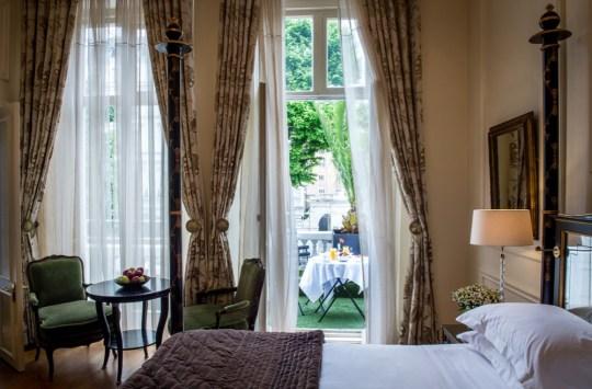KEN - Luxury Studio Suite Balcony