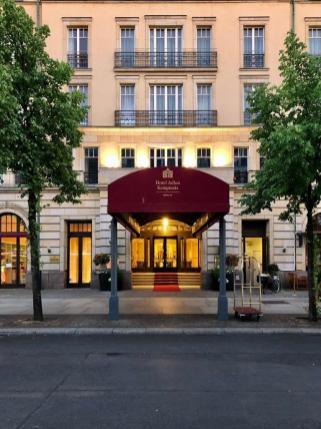 Andrew_Forbes_Hotel_Adlon_Kempinski_Berlin (8)
