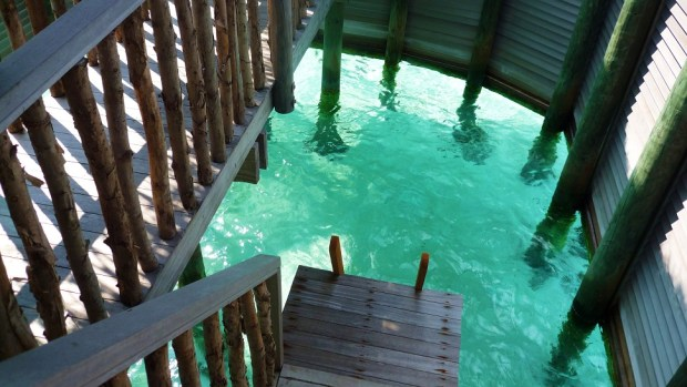 OVERWATER VILLA SUITE - PRIVATE POOL