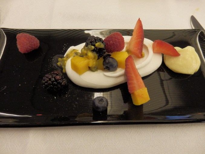 SWEET FINALE: BAKED MERENGUE WITH FRESH BERRIES AND LIME CURD